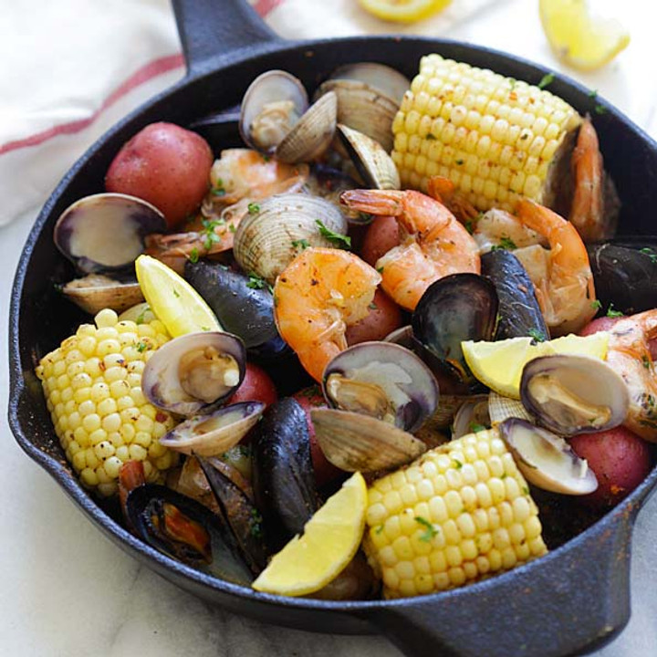 Father's Day Clam Bake @ Freedom Run Winery