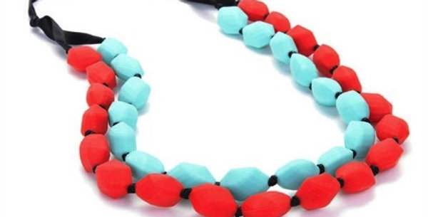 Chewbeads - Astor Teething Necklace - Turquoise & Cherry Red