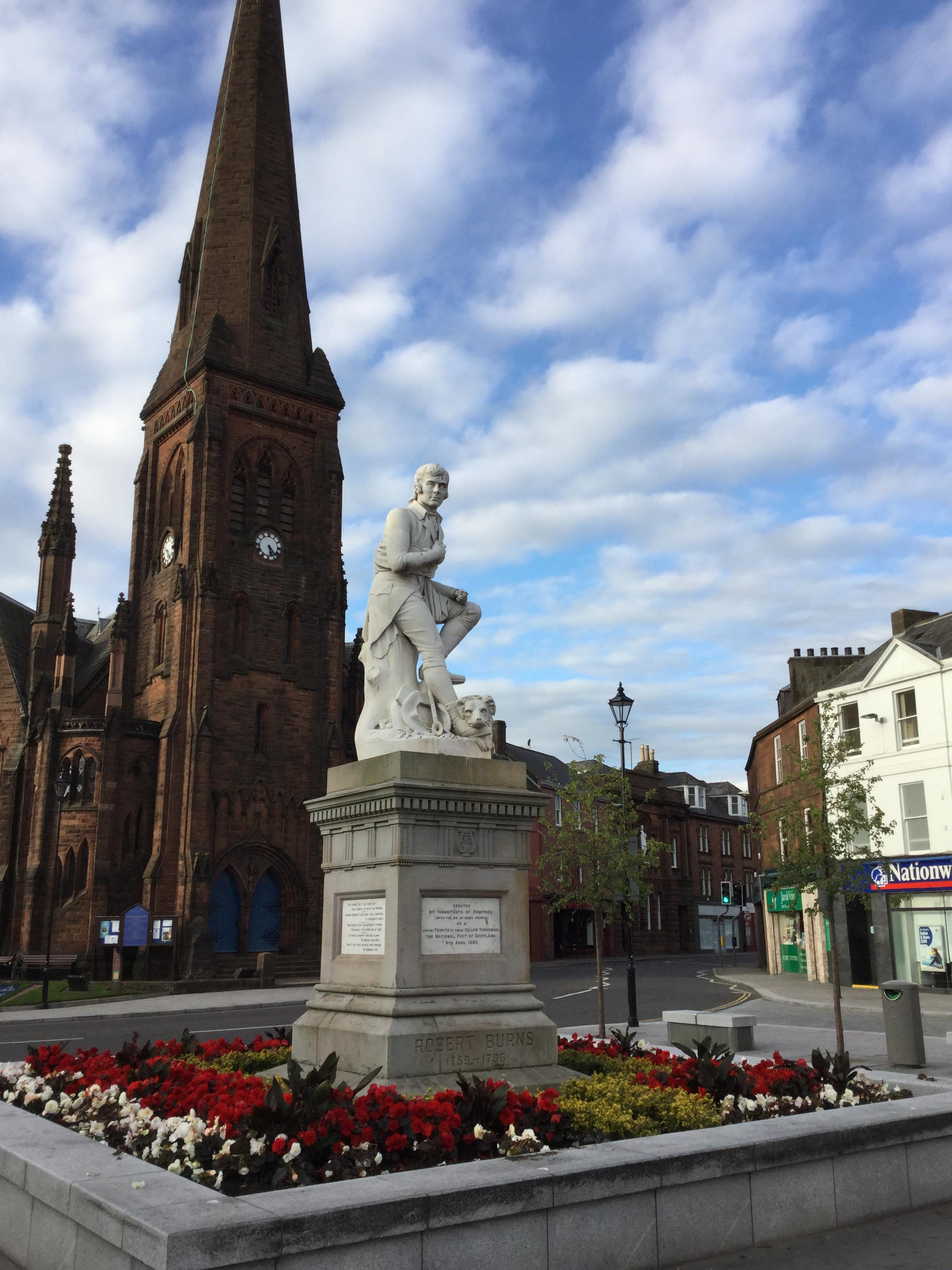 Robbie Burns in Dumfries town square