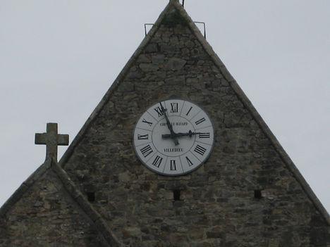 churchClock.JPG