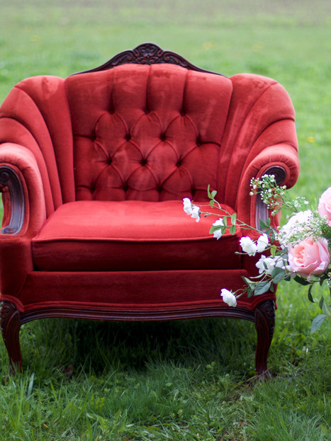 JEAN   red armchair