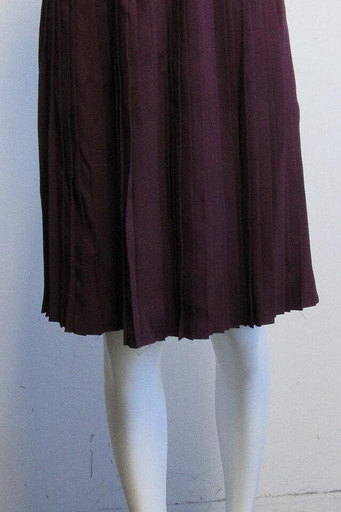 PRADA eggplant purple skinny pleat A-line skirt SZ 44/10