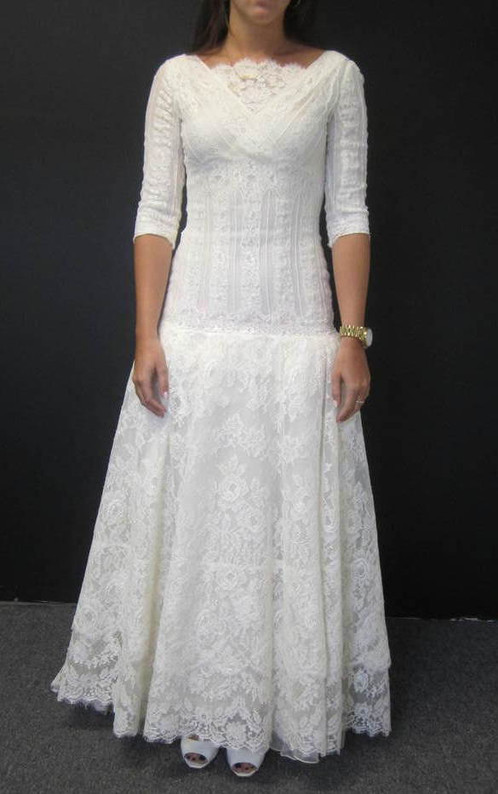 VALENTINO SPOSA $10K Victorian Lace Wedding Dress
