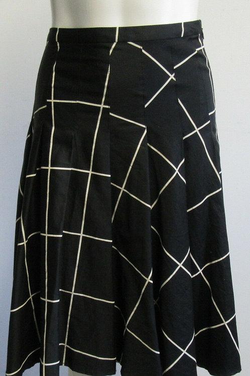 AKRIS PUNTO Black/Cream Windowpane A-Line Skirt SZ 8