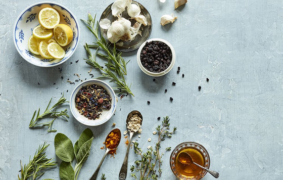 Ten natural remedies to help you cope with everything from sunburn to insect bites and stings.