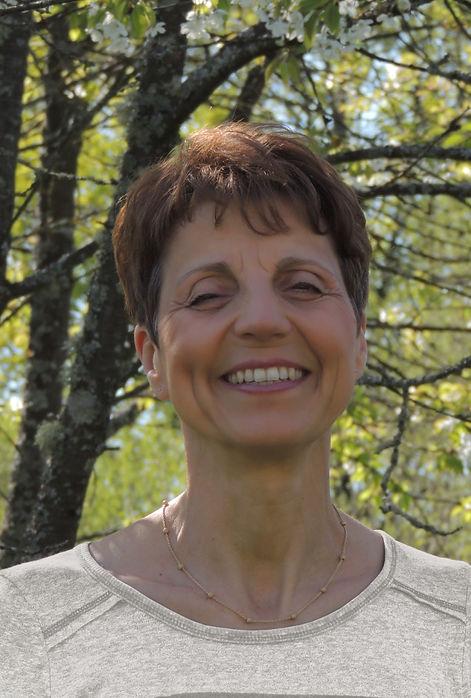 Hélène Giraud, SANTEDUC, éducateur de santé naturopathe,jeûne,cuisine crue,suivi naturopathique,conférences santé
