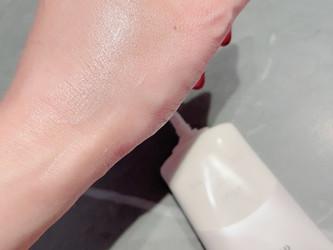 エリクシールおしろいミルクを愛用中です