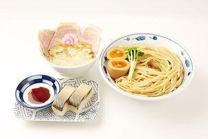 サバ濃厚鶏つけ麺+サバ寿司(2カン)