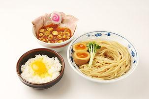 サバ濃厚鶏辛つけ麺+玉子かけごはん 底引きたまり醤油使用