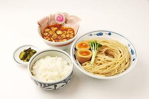 サバ濃厚鶏辛つけ麺+白ごはん(つけもの付)
