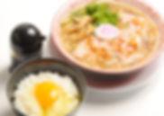 中華そばと玉子かけごはん 底引きたまり醤油使用