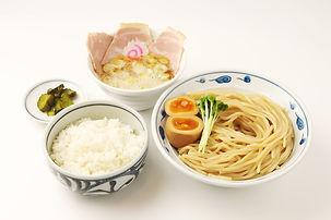 サバ濃厚鶏つけ麺+白ごはん(つけもの付)