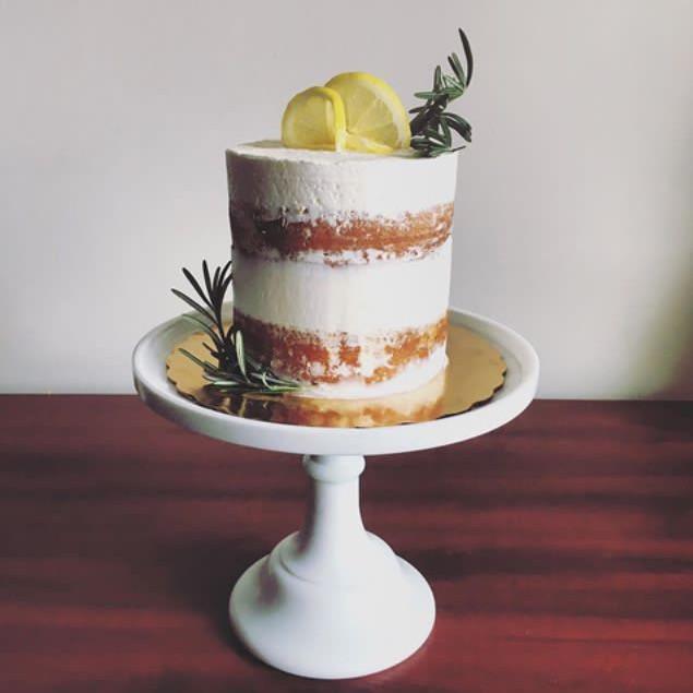 Lemon cake with vanilla buttercream