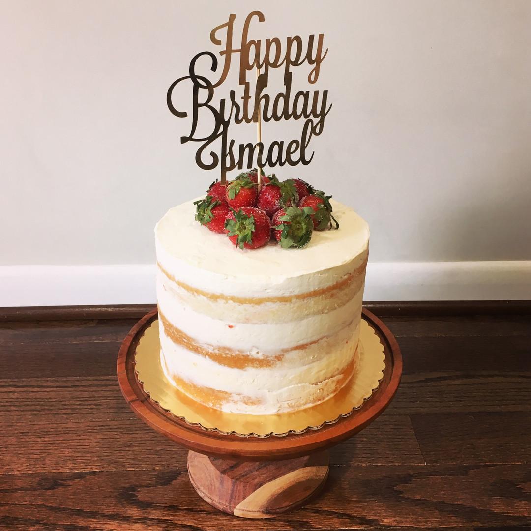 Vanilla cake with strawberry jam filling and vanilla buttercream