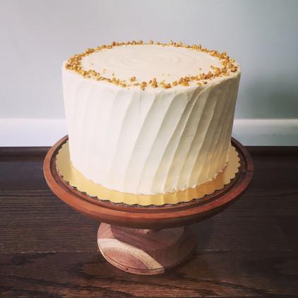 Spice cake with vanilla buttercream
