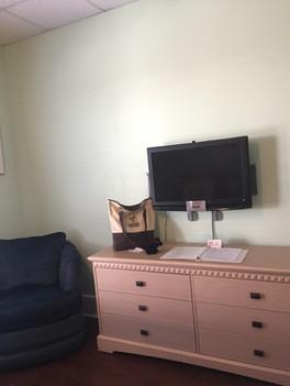 Old Room Dresser.JPG