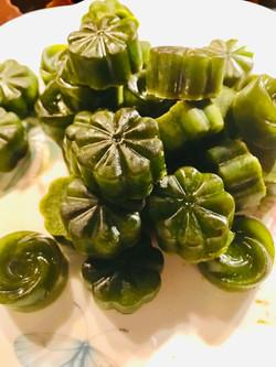 Frozen cilantro cubes for smoothies
