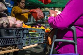 Motril Street Market from the hip 01.jpg