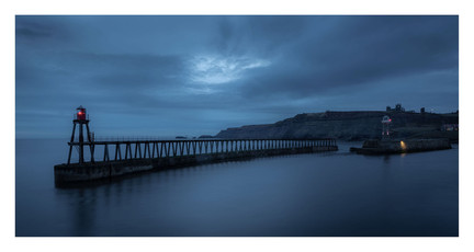 WHITBY HARBOUR PORT LIGHT AT DAWN