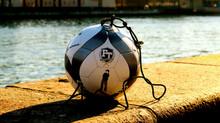 Køb FodboldTricks elastik bolden nu!