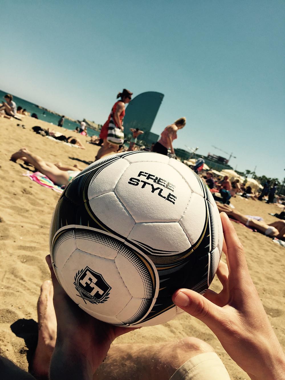 FodboldTricks.dk - freestyle bold