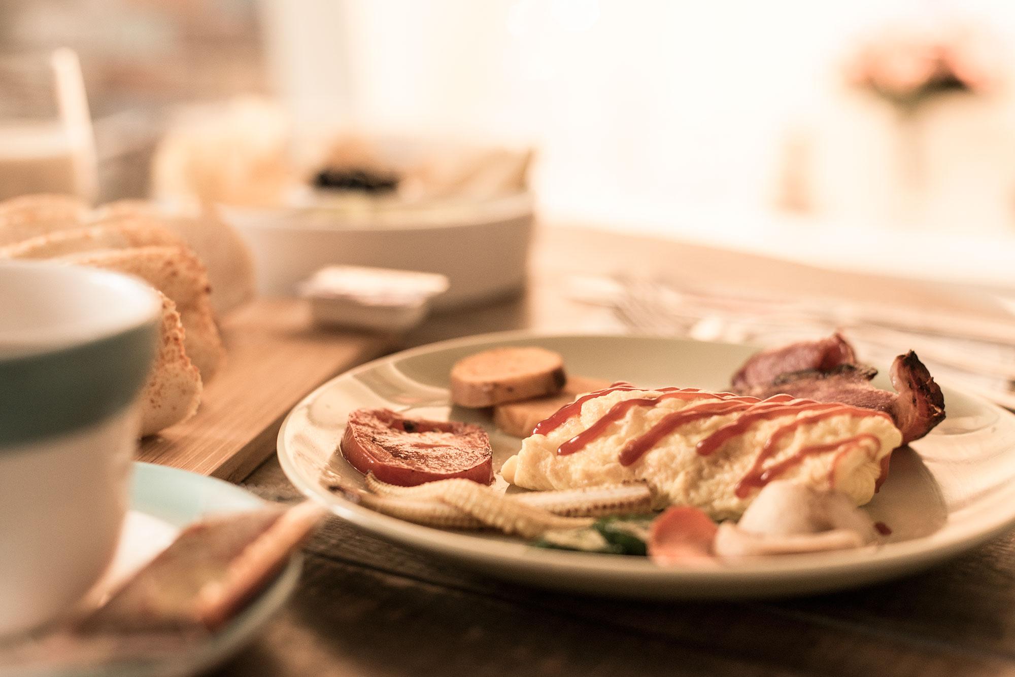 sungiraffe-daily breakfast