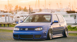 Radi8 R8B12 - VW Golf MK4 R32_edited