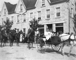 Mason's building, fair parade