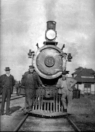 Engine 268 in Bobcaygeon HVO