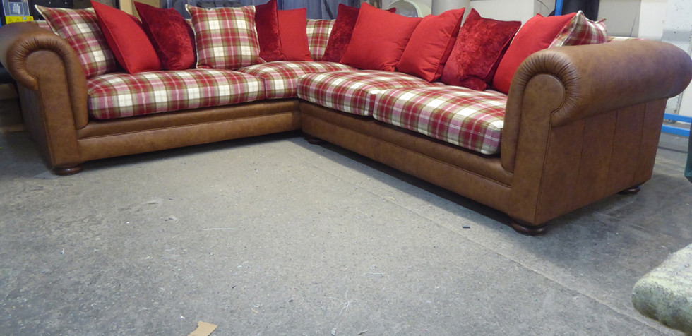 The Brunnel Corner Sofa (2).jpg