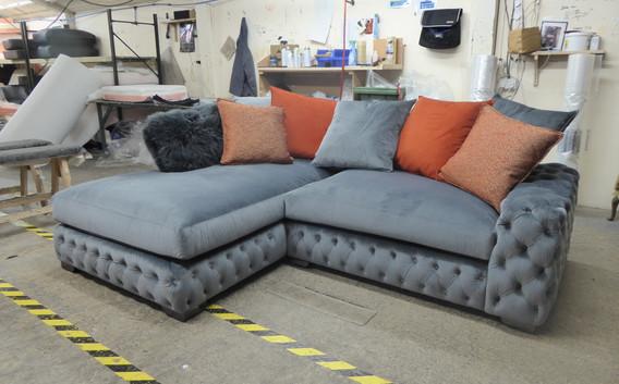 Mercury Corner Sofa (27) swipe/use arrows to change image