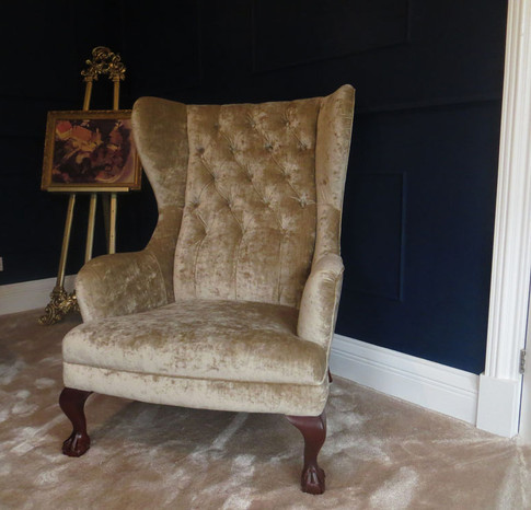 Clarence Chair (85).jpg