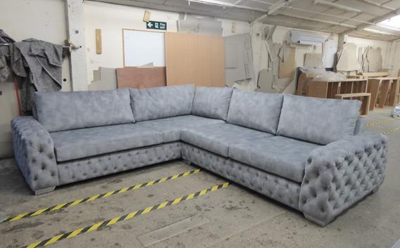 Mercury Corner Sofa (26) swipe/use arrows to change image