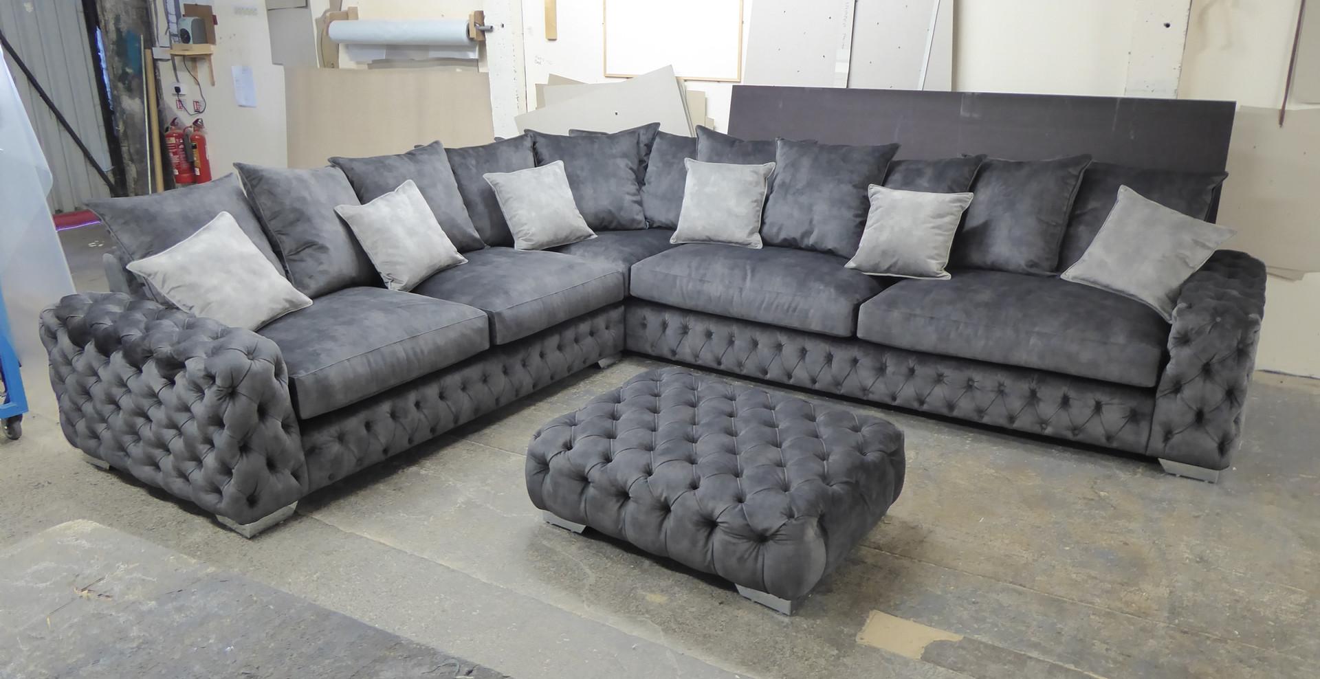 Mercury Corner Sofa (21) swipe/use arrows to change image