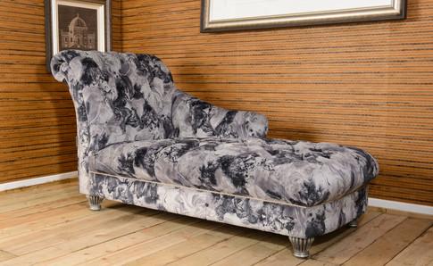 Monroe Chaise (3).jpg