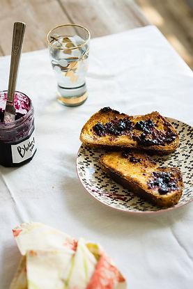 Bluberry Jam op Toast
