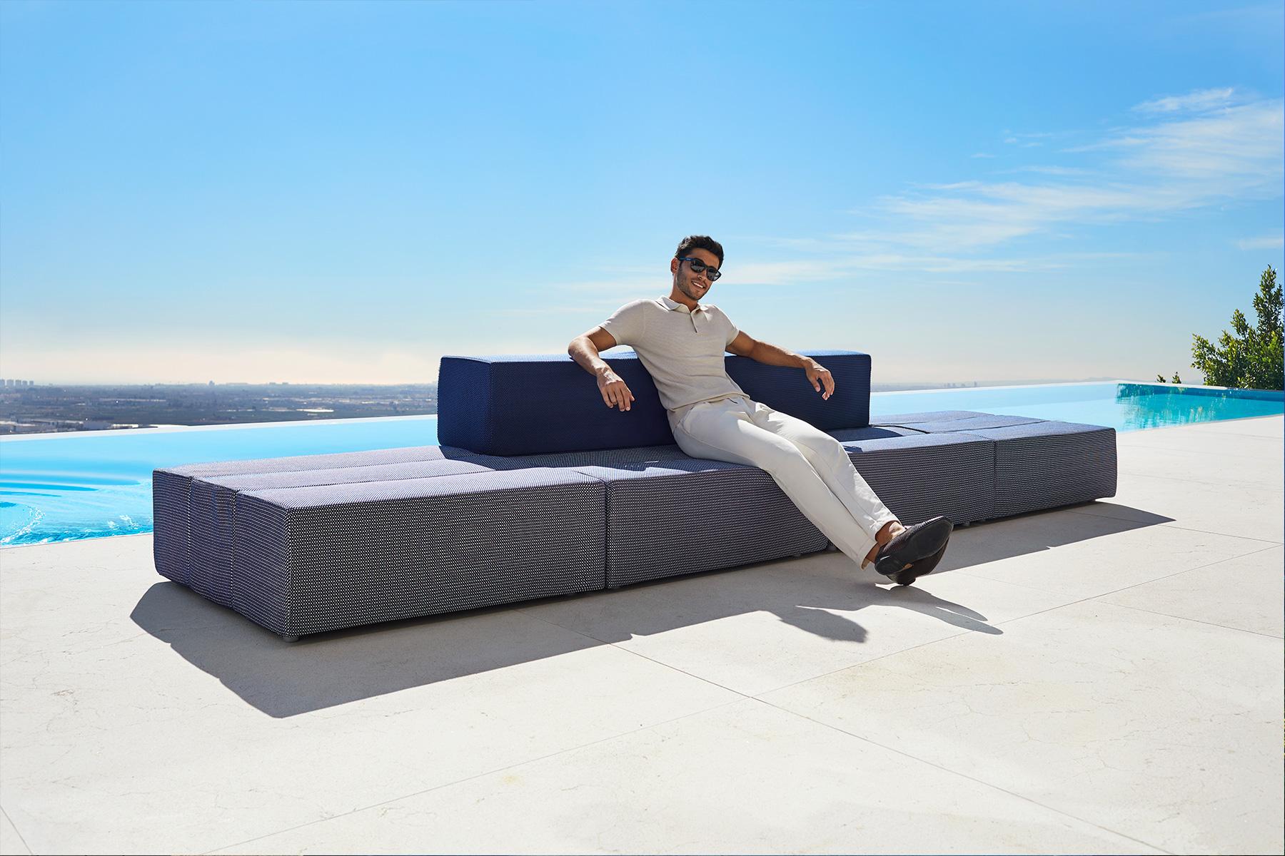 muebles-diseño-sofa-modular-tablet-ramo