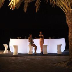 VONDOM-barra-iluminacion-mueble-exterior-diseño-fiesta-archirivoltodesign-vondom_(2)