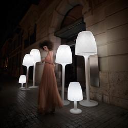 VONDOM-lamparas-diseño-extertior-vases-jmferrero-esrudiah-vondom