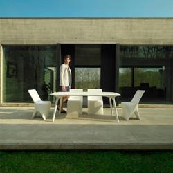 VONDOM-mueble-jardin-diseño-mesa-silla-comedorexteriordiseño-sloo-karimrashid-vondom_(1)