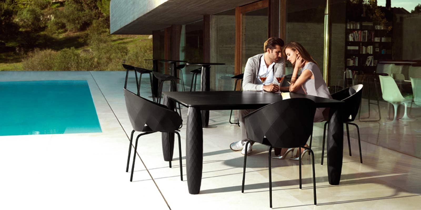 VONDOM-muebles-exterior-diseño-mesas-sillas-vases-jmferrero-estudihac-vondom_(3)