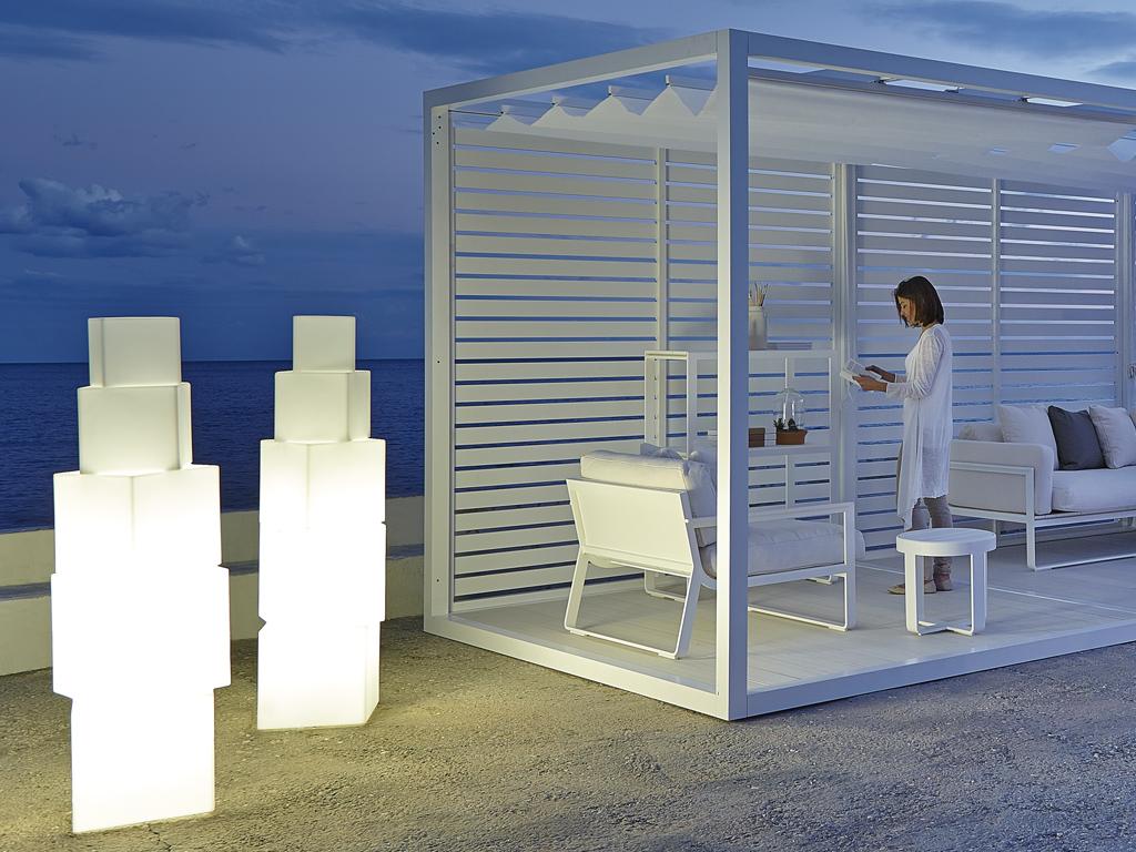 Exteria livings para exterior jardines y terrazas en chile for Muebles exterior diseno moderno