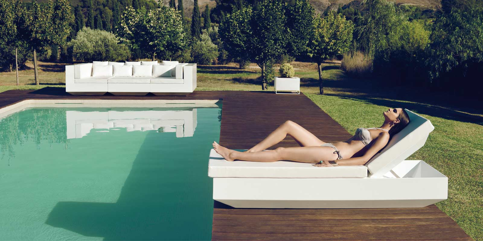 VONDOM-muebles-exterior-diseño-tumbona-sofa-vela-ramonesteve-vondom_(12)