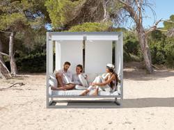 al-fresco-espacios-exteriores-y-muebles-de-exterior-de-diseno-slider