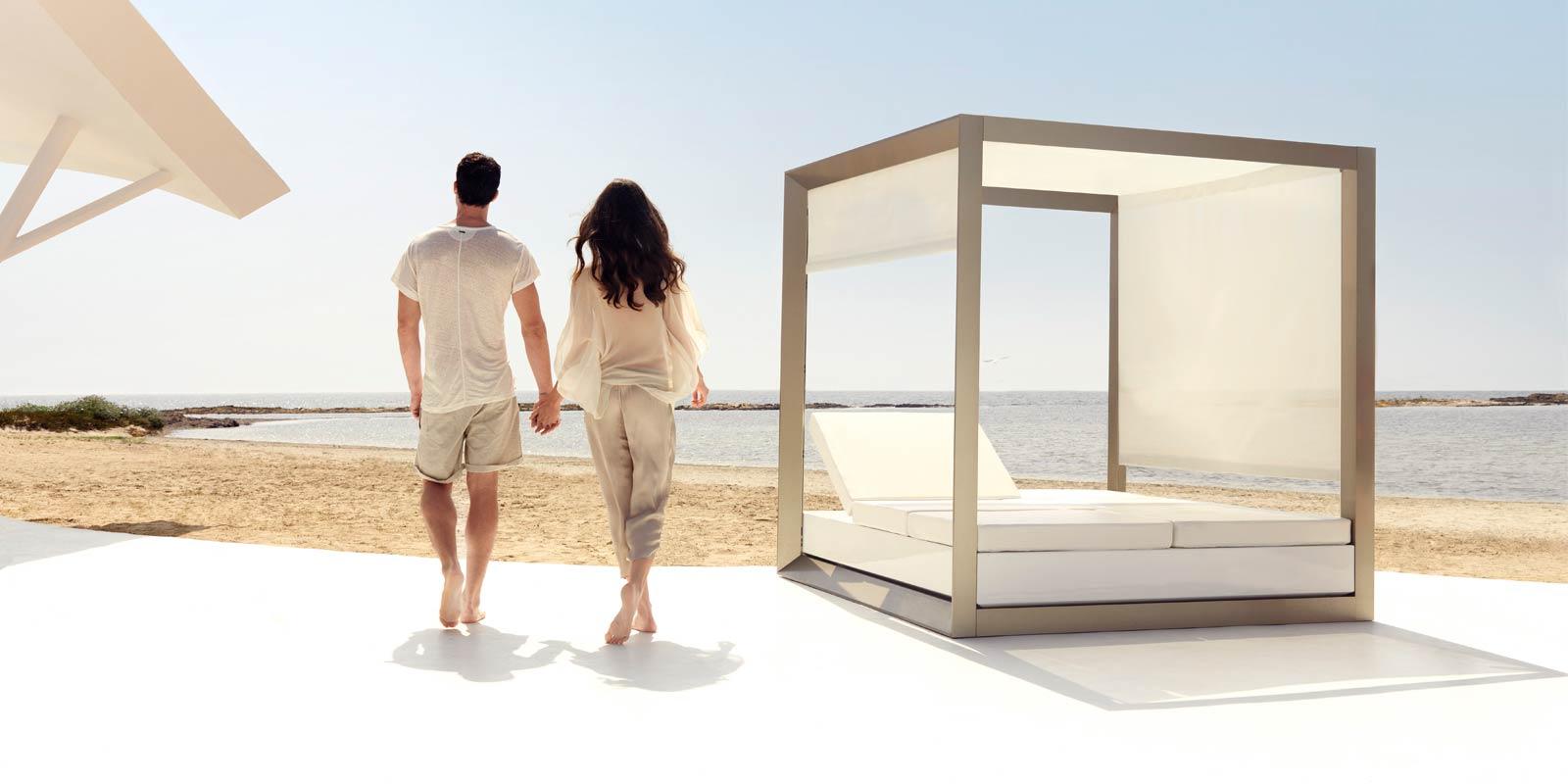 VONDOM-muebles-exterior-diseño-daybed-pergola-cama-de-dia-exterior-vela-ramonesteve-vondom_(10)