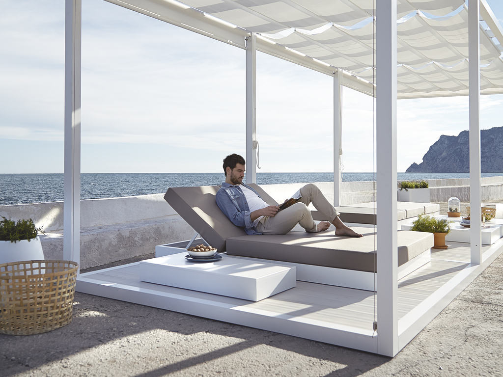 chill-espacios-exteriores-y-muebles-de-exterior-de-diseno-slider