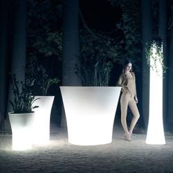VONDOM-macetas-diseño-con-luz-bones-palomba_serafini-vondom
