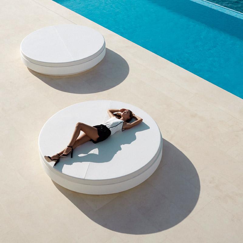 VONDOM-muebles-exterior-diseño-daybed-cama-de-dia-exterior-vela-ramonesteve-vondom (11)