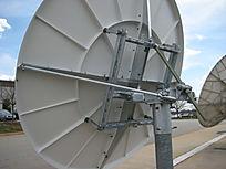 2-4-meter-VSAT-Antenna-03.jpg