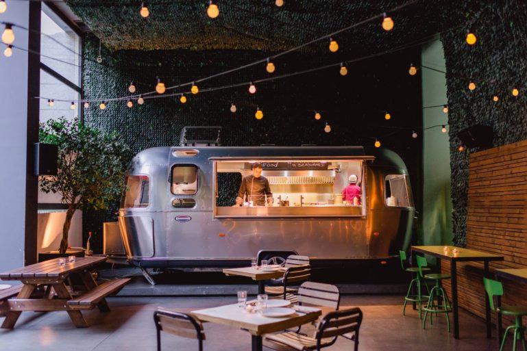 exterior-of-food-truck_food-truck-ideas-
